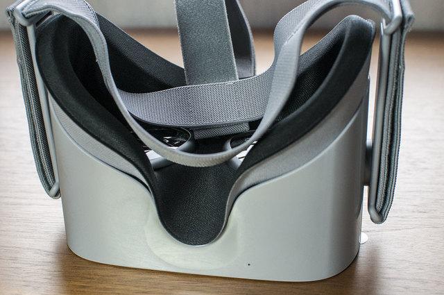 Oculus-GO-08.jpg