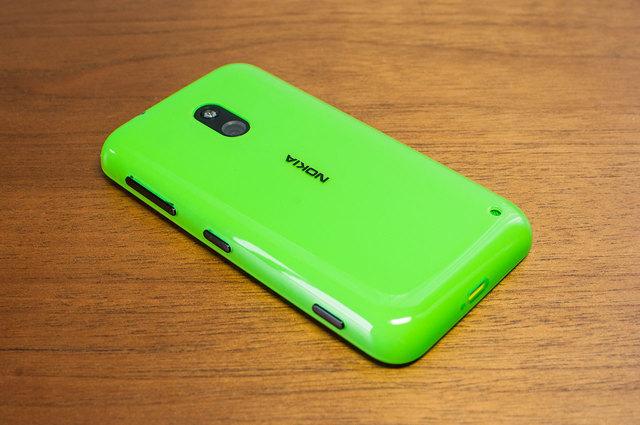 Lumia 620-02.jpg