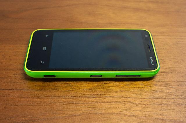 Lumia 620-03.jpg