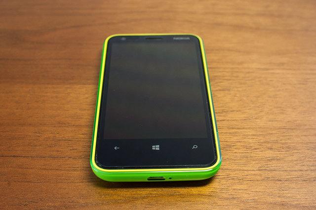 Lumia 620-05.jpg