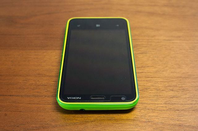 Lumia 620-06.jpg