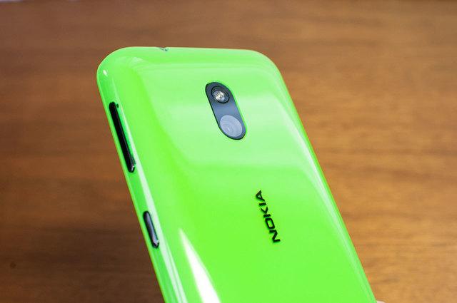 Lumia 620-07.jpg