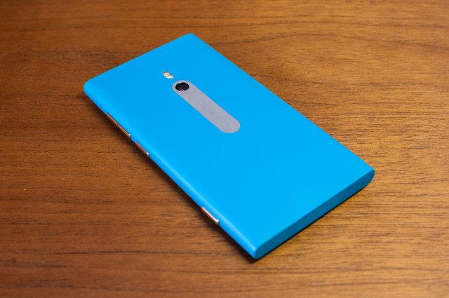 Lumia 800-02.jpg