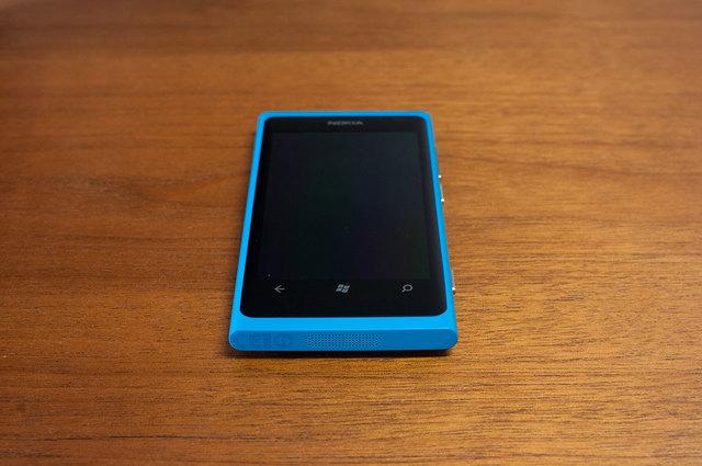 Lumia 800-05.jpg