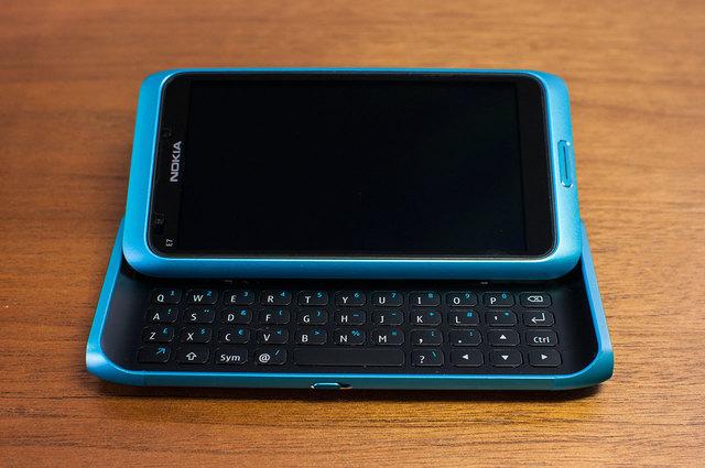 Nokia E7-07.jpg