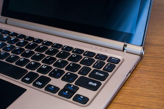Teclast-TBook-10-Keyboard-14.jpg