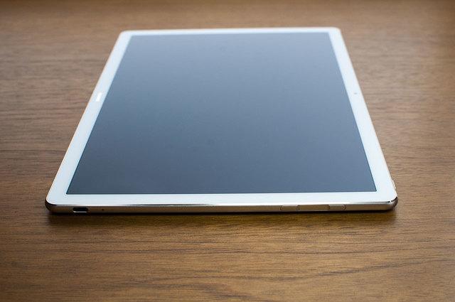 MateBook-E-06.jpg