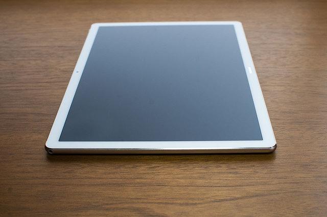 MateBook-E-08.jpg
