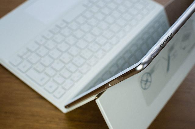 MateBook-E-22.jpg